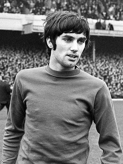 George Best in 1968 with the Manchester Utd jersey.