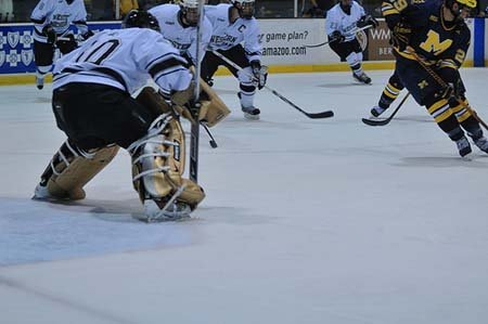 November 15, 2008: Lawson Ice Arena, Michigan vs. Western Michigan.